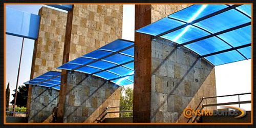 Instalacion de domos de policarbonato en guada jalisco for Techos sin estructura para casa